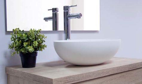 Diseño purista en los nuevos lavabos de Solits
